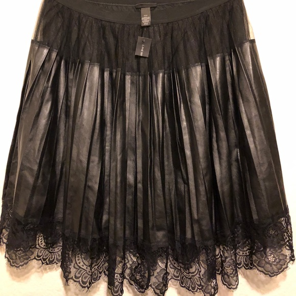 12e5eb4ffcc PLEATED FAUX LEATHER SKIRT WITH LACE TRIM